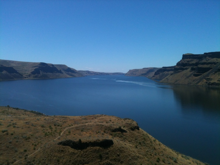 On a sunny day, the Columbia River looks spectacular from the Twin Sisters. The river runs through a wide valley in the Tri-Cities before passing through Wallula Gap and then going into a gorge type setting. If you've been to the area, it's hard to imagine this exists nearby.
