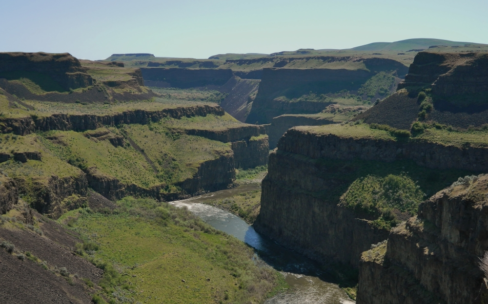 If you visit in the spring time you can see plenty of green in the Palouse River Canyon. This is looking downstream from the Palouse Falls overlook.
