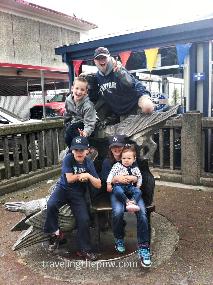 All the grandkids together next to Ivar's in downtown Seattle before a Yankees game in 2014. Clockwise from bottom left: Emmett, Ethan, Andrew, Eleanor, and Catarina (on Eleanor's lap).