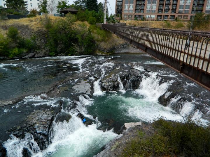 Spokane has lots of beautiful bridges in its downtown. This is a walking bridge spanning over the Spokane River.