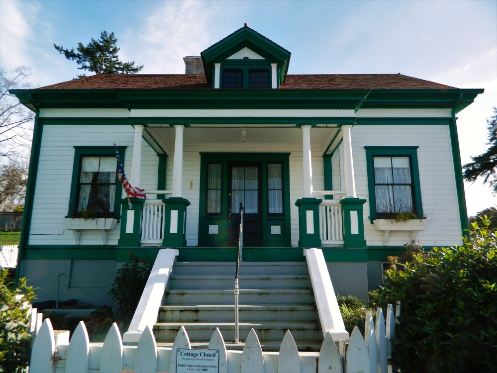 The historic lightkeeper's cottage built in 1903, which is open to the public for tours from 1-4 p.m. on Saturdays during the summer. It is also available to rent as a vacation home.