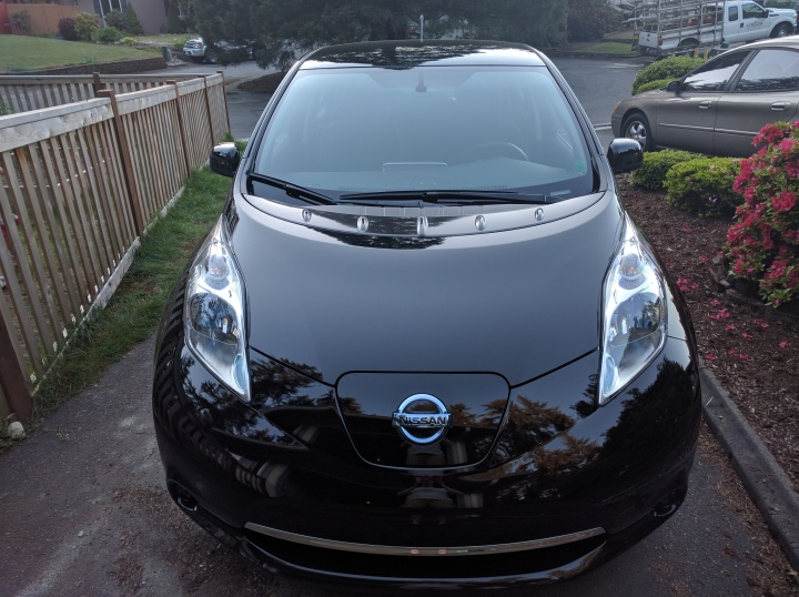 The front end of my new favorite car, my Nissan Leaf.